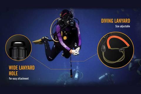 Fenix-SD11-Diving-Flashlight-lanyard.jpg