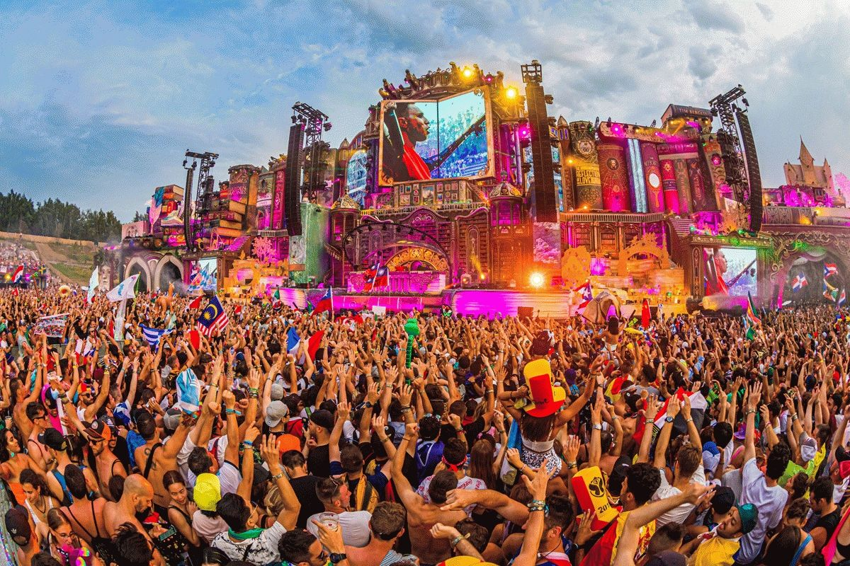 How Festivals Made Me Fall In Love With Audio Sound Systems and Stage Speakers
