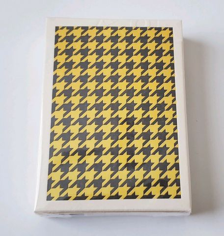 Anyone-Worldwide-Houndstooth-Playing-Cards-Limited-1-1000-Cardistry.jpg
