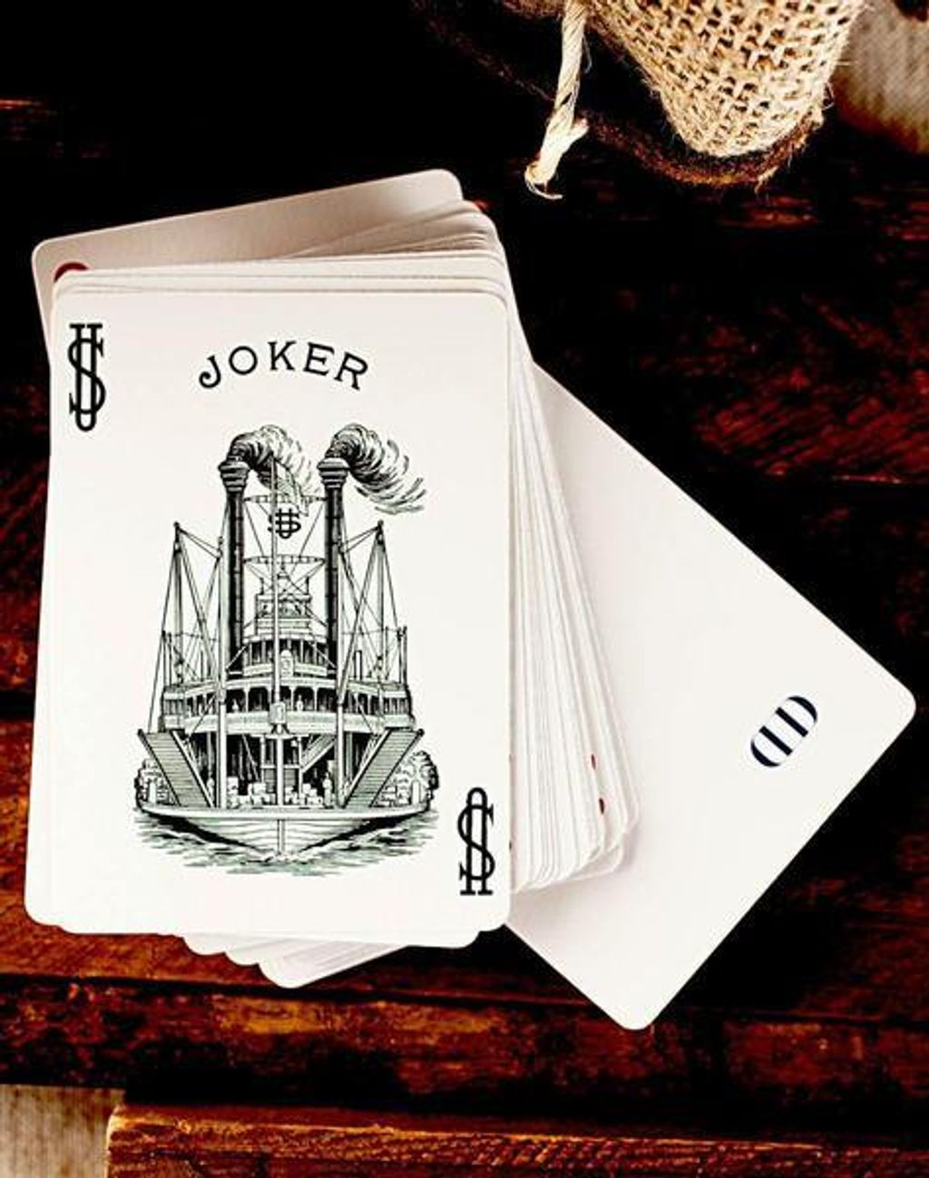 playing-cards-steamboat-999-5_grande.jpg