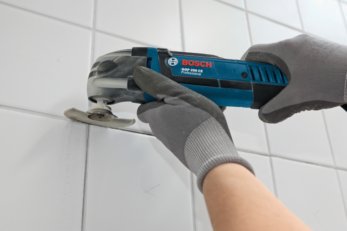 bosch gop 250w electric multi cutter my power tools. Black Bedroom Furniture Sets. Home Design Ideas