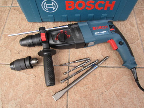 rotary-hammer-with-sds-plus-gbh-2-26-dfr-560.png