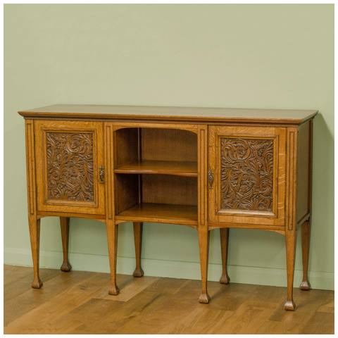 arts-and-crafts-oak-sideboard-with-carved-doors-b0020155a.jpg