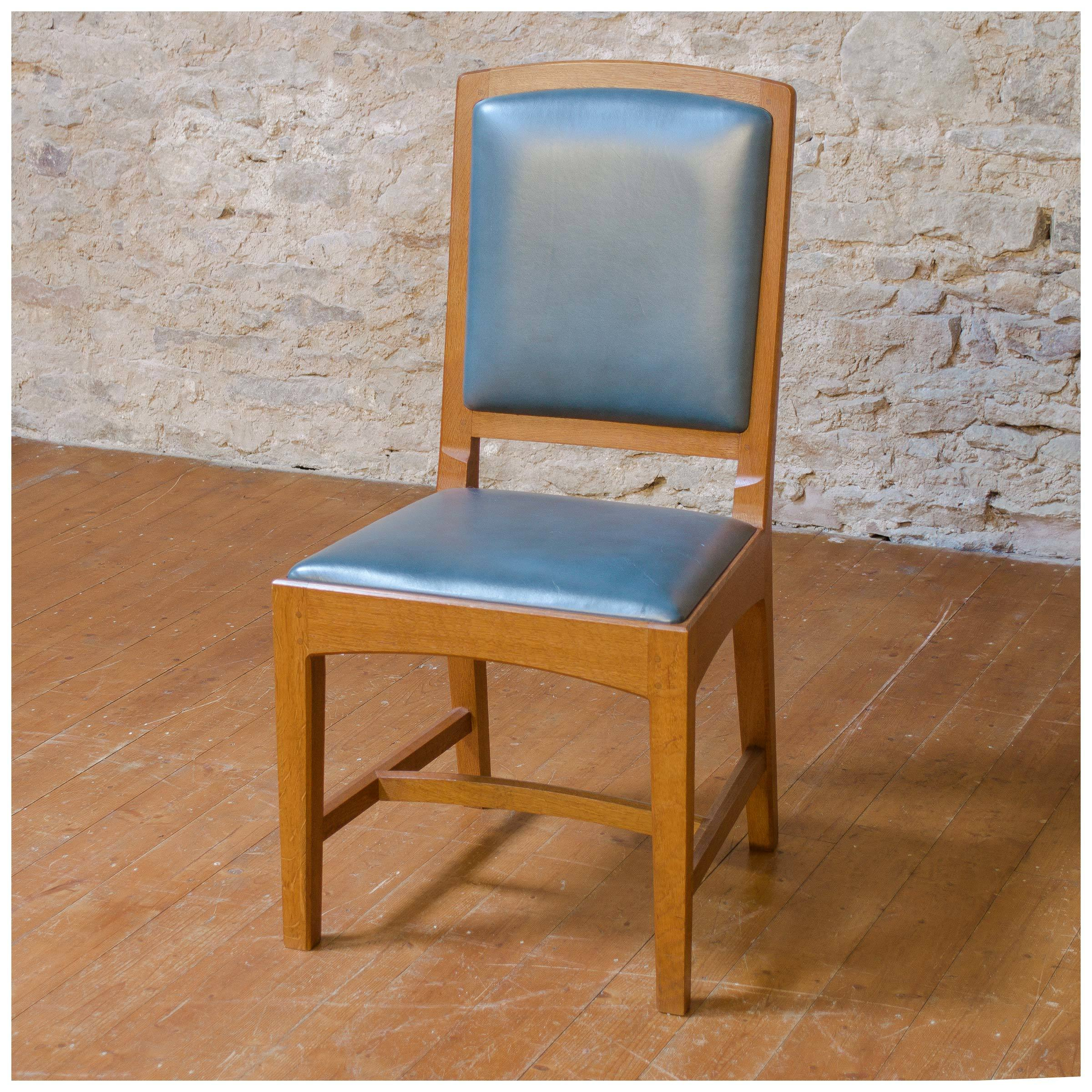 4-antique-arts-crafts-oak-and-leather-oxford-chairs-by-peter-hall-of-staveley-b0020017l.jpg