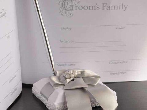GED9003 Classy Pearl Guestbook2.jpg
