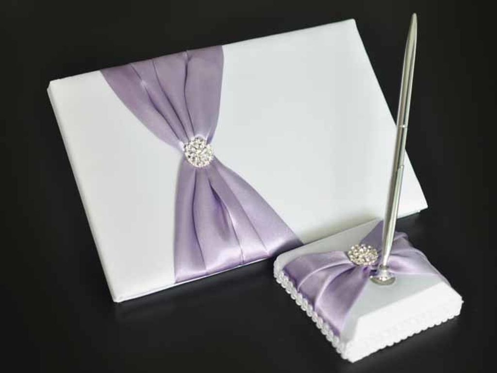 GED9009 Lilac Bliss Guestbook.jpg