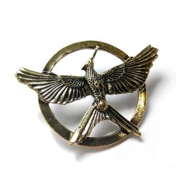 hunger-games-mockingjay-pin-part-3-2_large_zpskopsf6kk