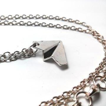 one-direction-airplane-necklace-3_large_zpszhl33uxh