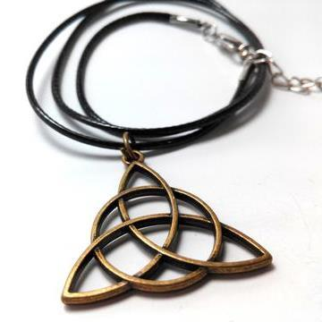 charmed-trifecta-necklace-3_large_zpst1nztifs