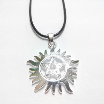 supernatural-anti-possession-necklace-1_large_zpsfdb22chh