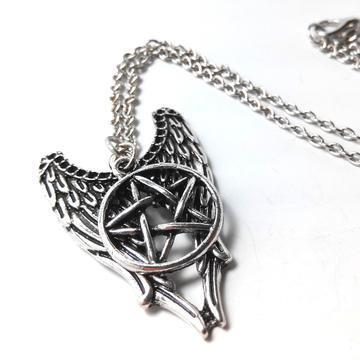 supernatural-castiel-wings-pentagram-necklace-2_large_zpsh5pbm5vr