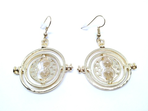 Harry-Potter-Timeturner-Earrings-1.jpg