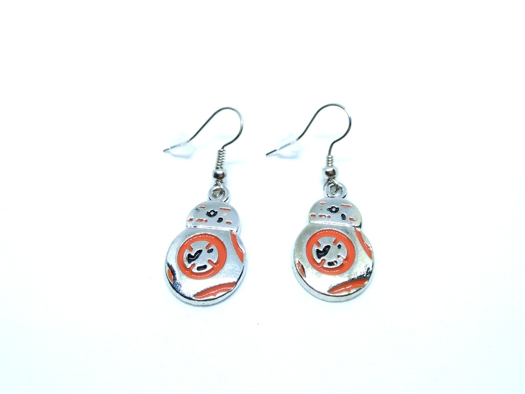 Star-Wars-BB8-Earrings-1.jpg
