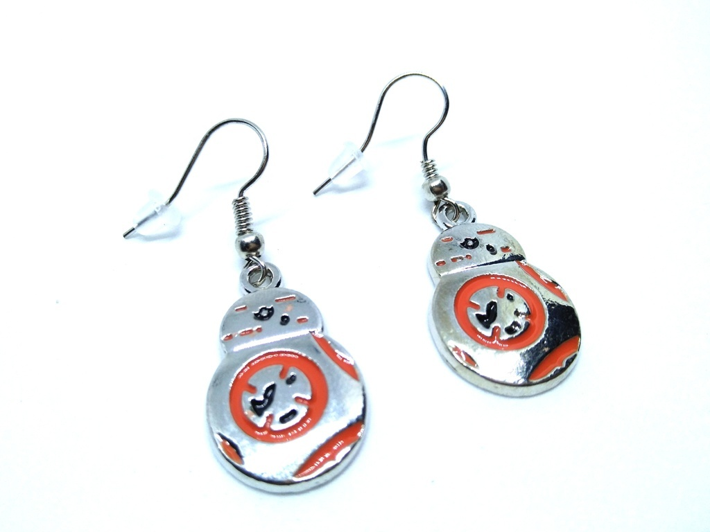 Star-Wars-BB8-Earrings-3.jpg