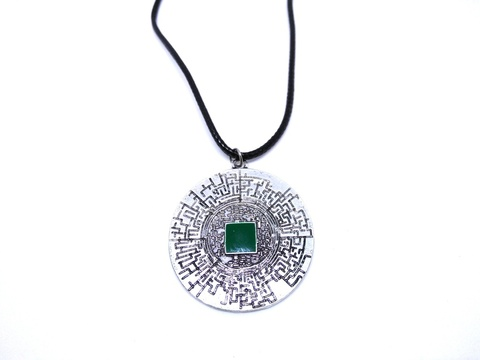 The-Maze-Runner-Labyrinth-Necklace-1.jpg