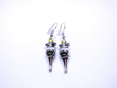 Harry-Potter-Felix-Felicis-Bottle-Earrings-1.jpg