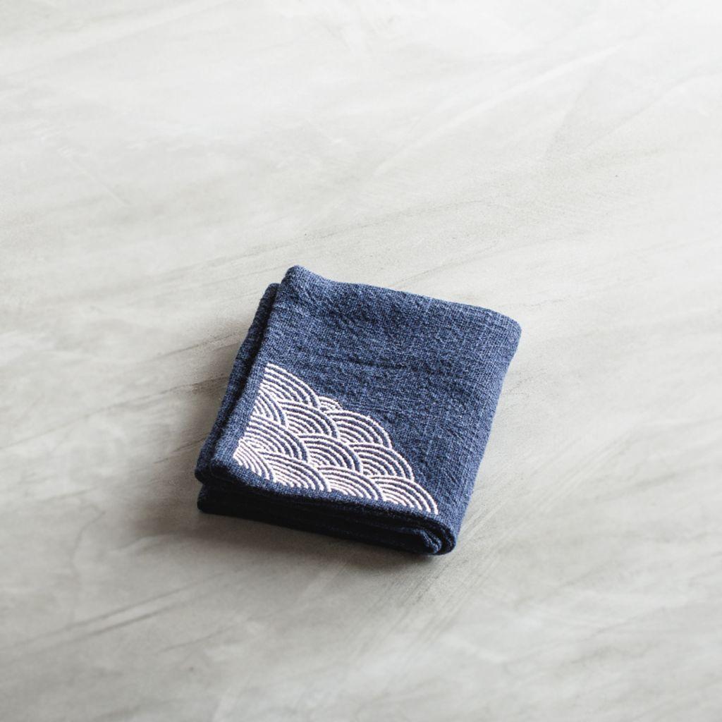優質棉麻刺繡茶巾1-2.jpg