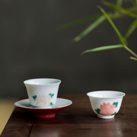 手繪牡丹白瓷品茗杯1-1.jpg