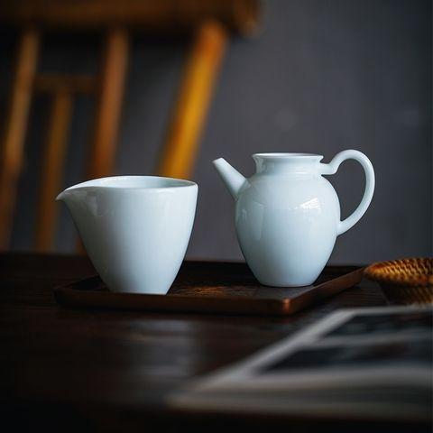 青白瓷公杯08-3.jpg
