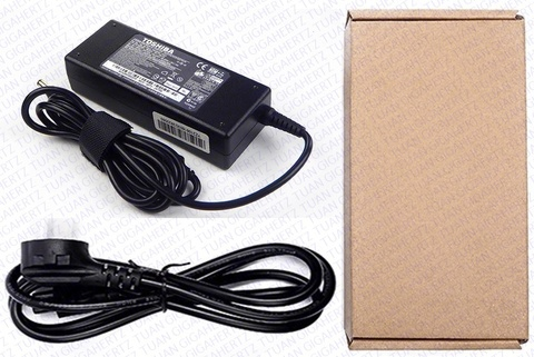 Adapter Charger TOshiba 19V 4.74A 5.5MM X 2.5MM 90W.jpg (u).jpg