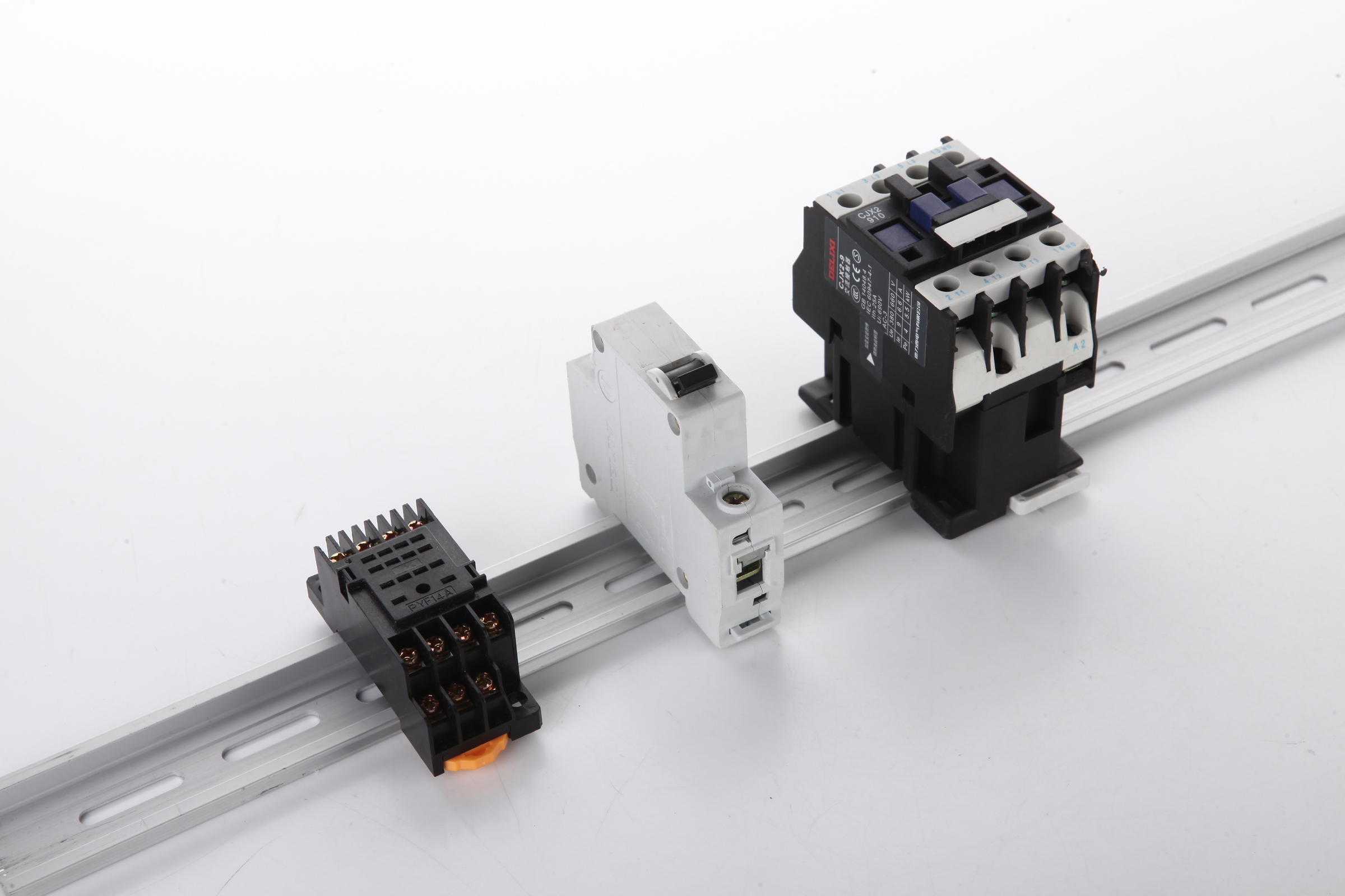 Rccn Aluminum Din Rail Rohs Online Ans Your Wiring Accessories Img 2124