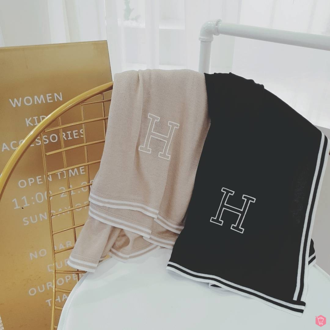 2Two Boutique   신제품 출시