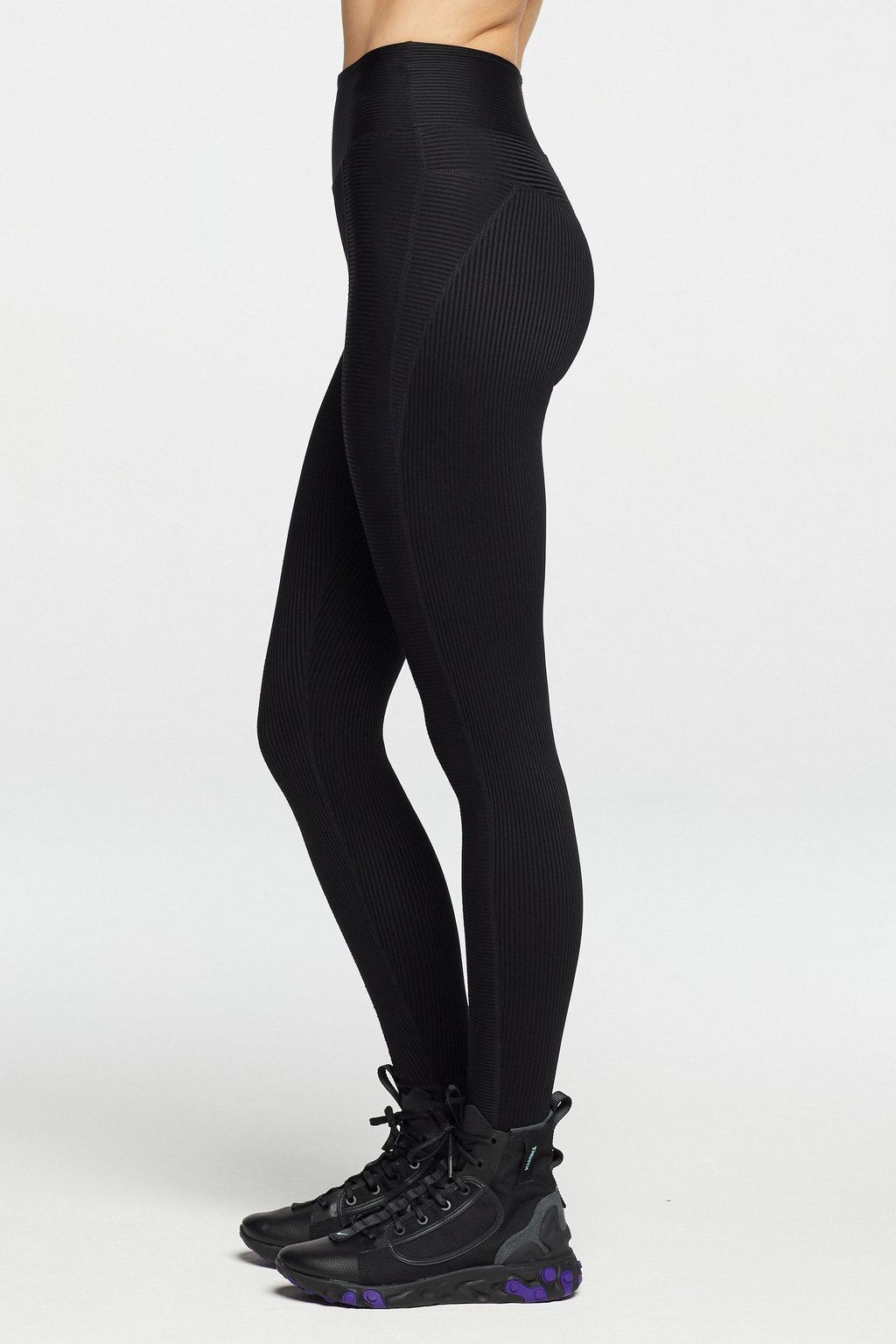 ribbed-54-legging-leggings-year-of-ours-black-extra-small-3.jpg