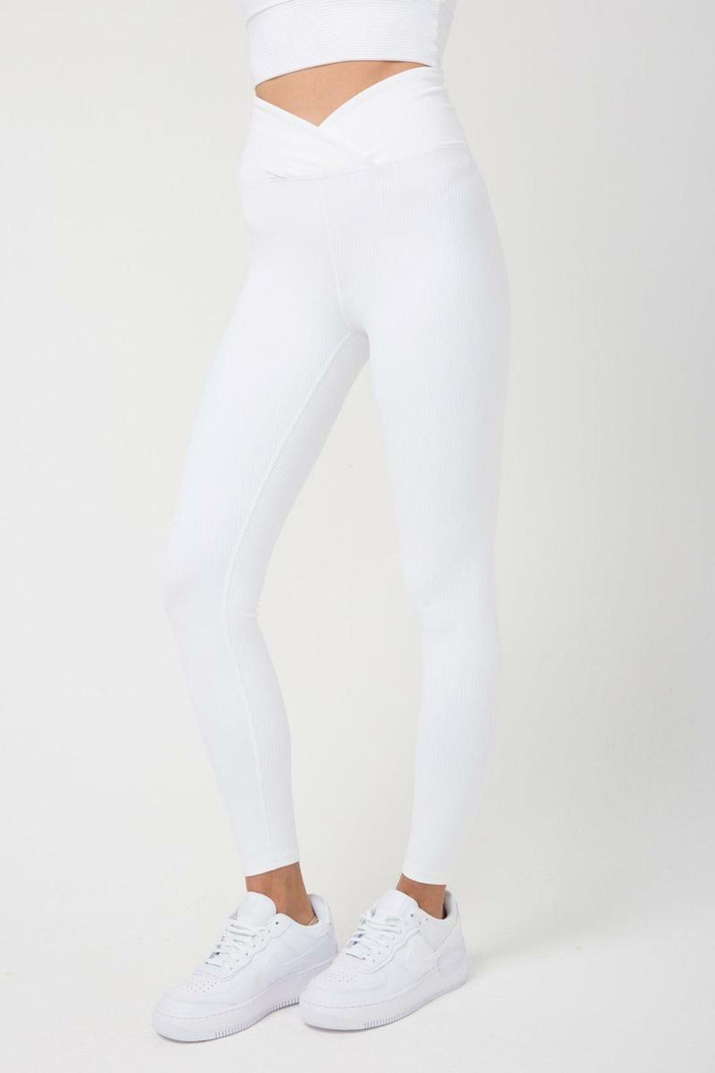 Ribbed-Veronica-Legging-Leggings-Year-of-Ours-White-Extra-Small-7_800x.jpg