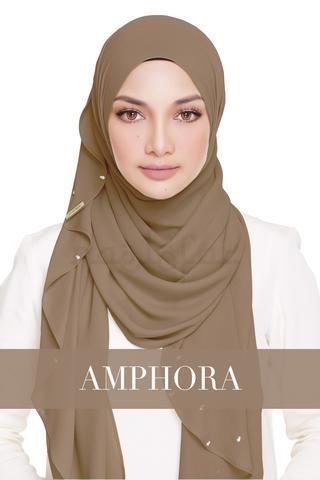Lady_Warda_-_Amphora_large.jpg