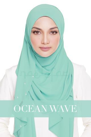 Lady_Warda_-_Ocean_Wave_large.jpg