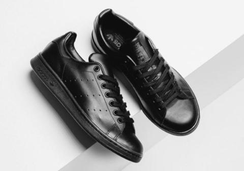 adidas-stan-smith-triple-black-6-640x426.jpg