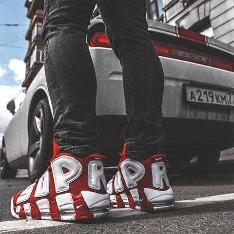23snkrs-in-the-Supreme-x-Nike-Air-More-Uptempo-Red.jpg