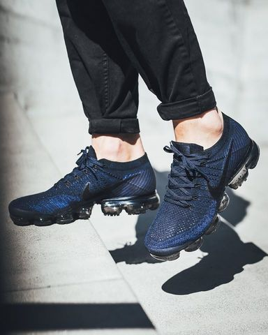 Nike-Air-VaporMax-College-Navy-Black-Game-Royal--For-Sale-5.jpg