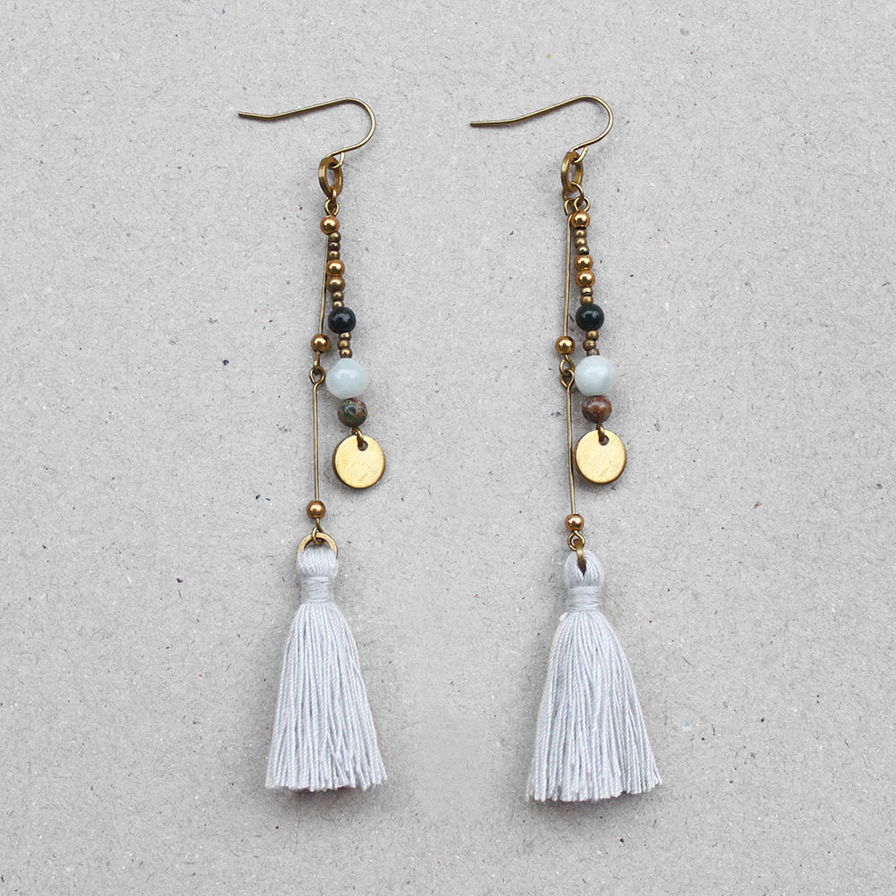 freedom_bohemian_whitesmoke_tassel_earrings.jpg