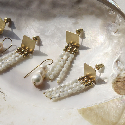 shell_strings_earrings_5.jpg