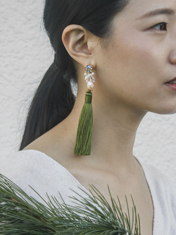 pine-blossom- earrings-with-green-tassels-2.jpg