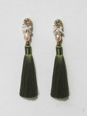 pine-blossom- earrings-with-green-tassels-5.jpg