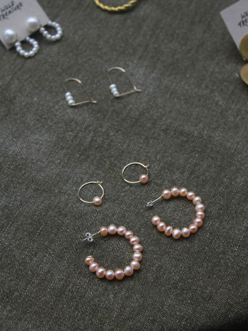 coco-pink-pearl-hoop-earrings-3.JPG