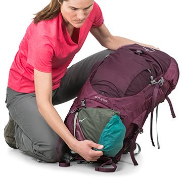 Sirrus50_SleepingBagCompartment.jpg