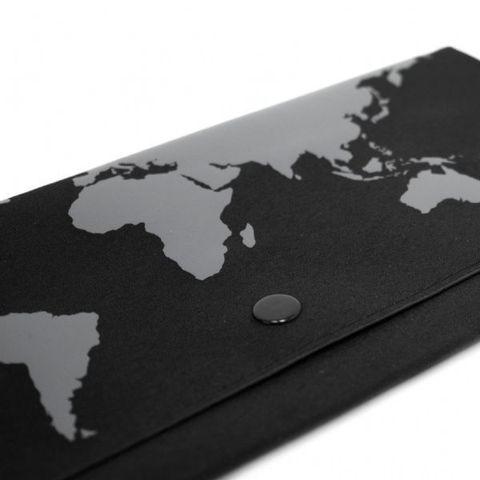 Travel_Wallet_leather_black.jpg