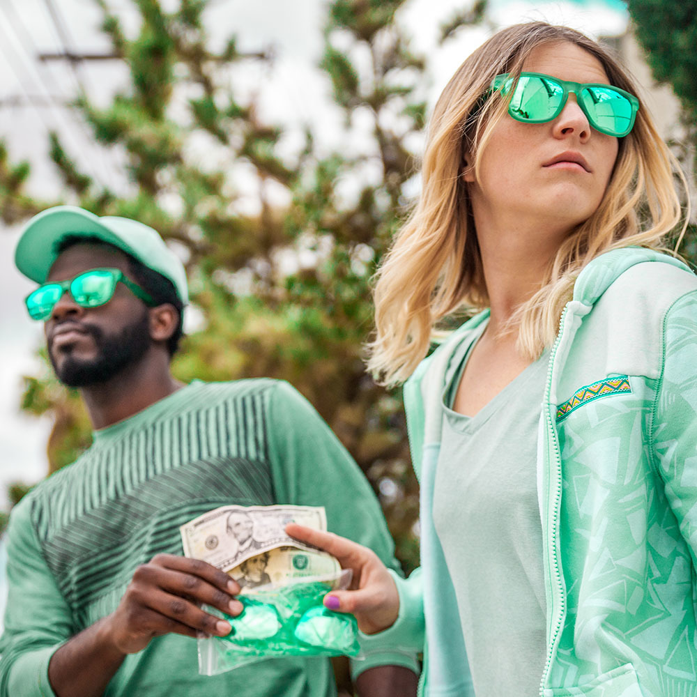 easter_bunny_sunnies_0003_lifestyle_green.jpg
