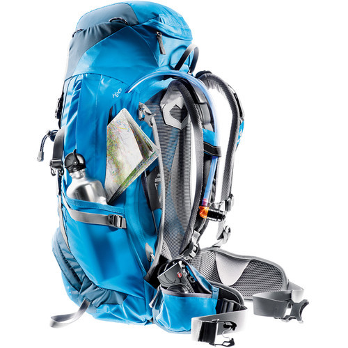 deuter_futura_30SL_torquoise_artic-side.jpg