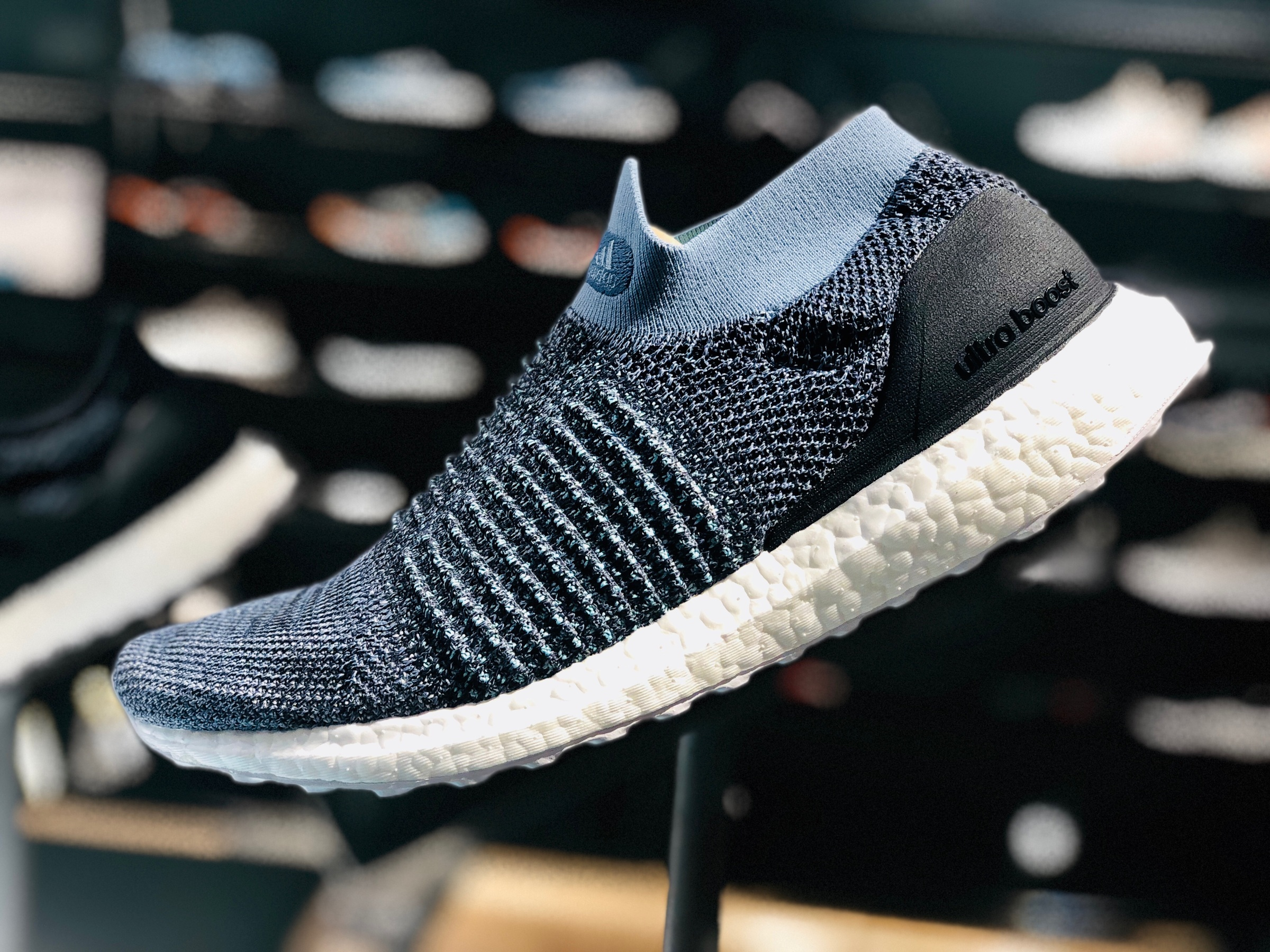 Parley x adidas Ultra Boost Laceless CM8271 Release Date