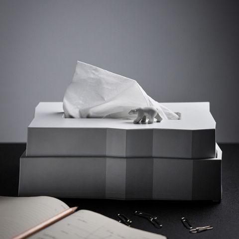 QL10343 Polar Bear Iceberg Tissue Holder- Lifestyles 01.jpg
