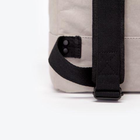 UA-BP-03_Hadwin-Backpack_Grey_01.jpg