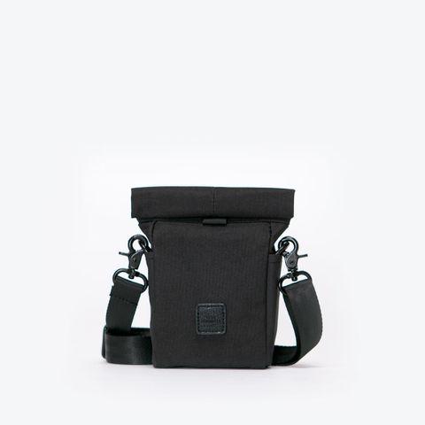 UA-SB-01_Nile-Bag_Black_01.jpg