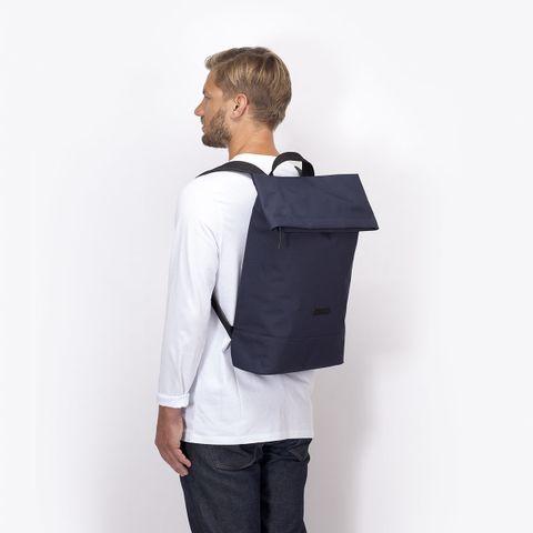 UA_Karlo-Backpack_Stealth-Series_Dark-Navy_08.jpg