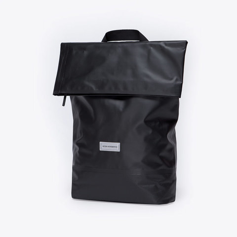 UA_Karlo-Backpack_Seal-Series_Black_02.jpg