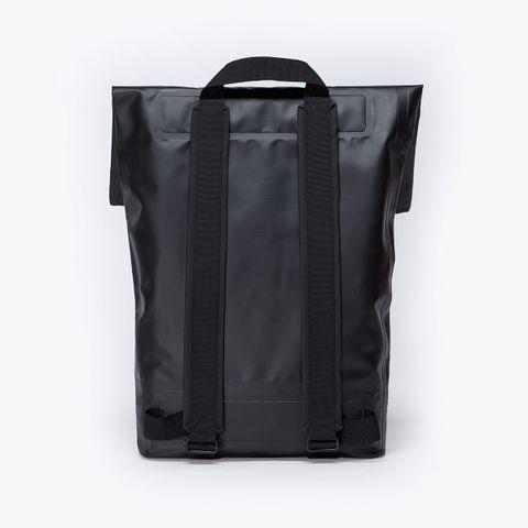 UA_Karlo-Backpack_Seal-Series_Black_03.jpg