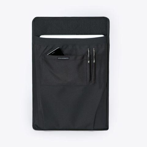 UA_Karlo-Backpack_Seal-Series_Black_09.jpg